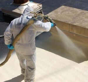 Sutapdintiems stogams uždarų porų termovata yra idealus sprendimas